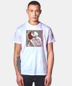 Calaveras Skeleton Couple Kiss Halloween T Shirt